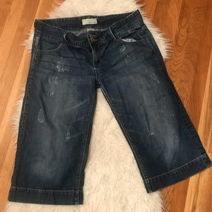 Maurices cropped distressed jeans size 15/16
